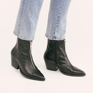 Free People Zip Front Boots By Jeffrey Campbell 6